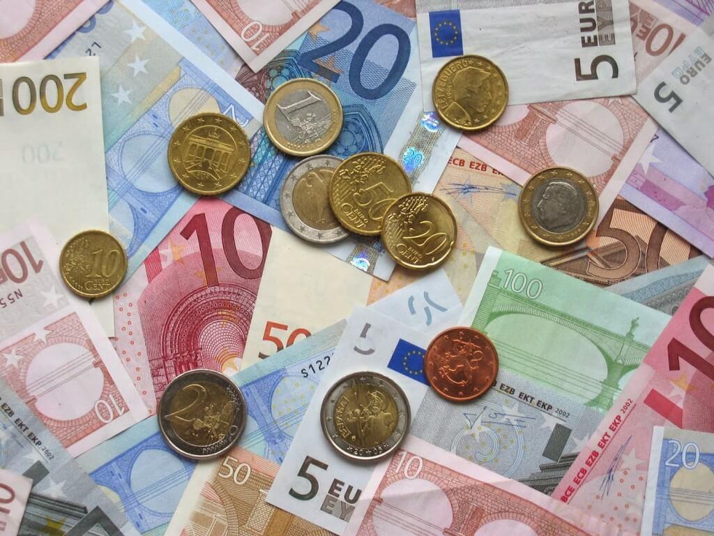 ¿Cómo convertir euros a pesos argentinos?
